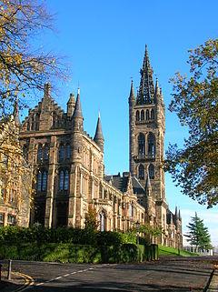 Die University of Glasgow lockt Studenten mit ihrem wunderschönen Äußeren an.