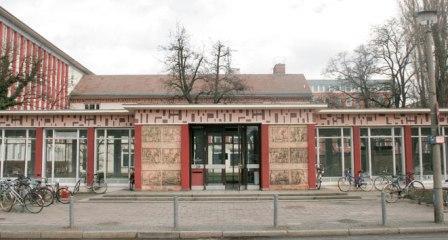 Das Gebäude der Kunsthochschule Weissensee in Berlin.
