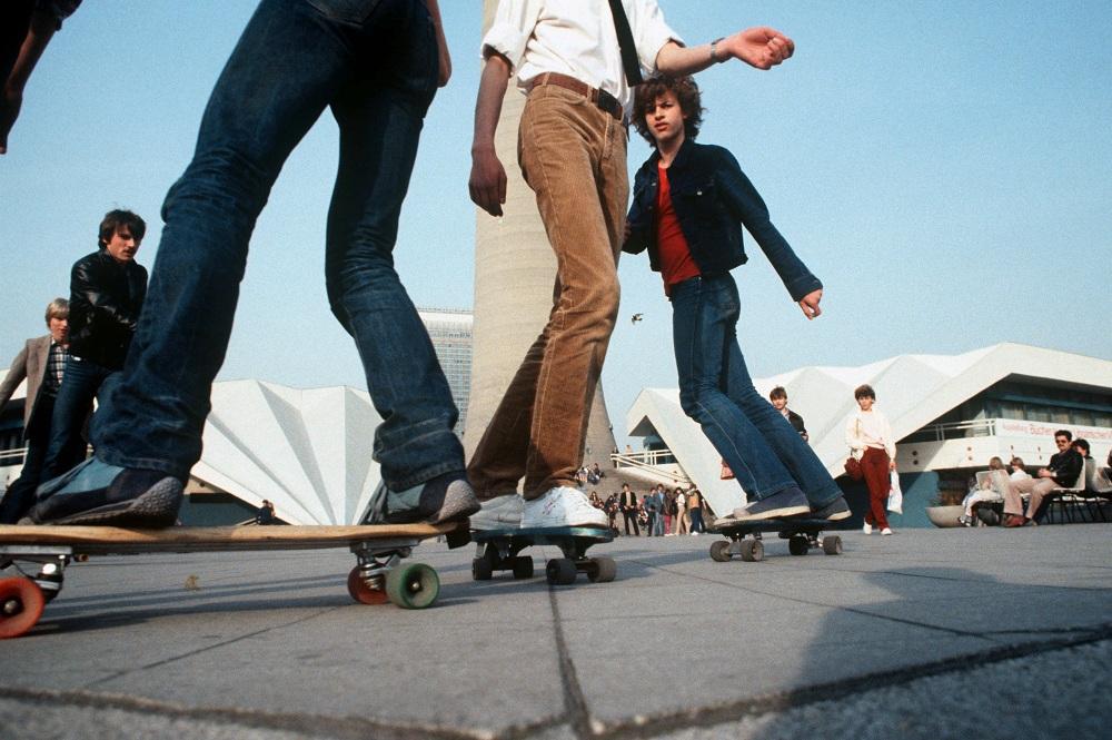 DDR-Skater auf dem Alexanderplatz