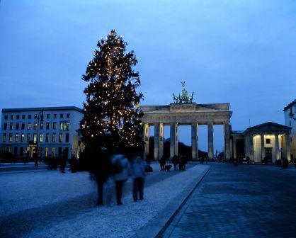 Weihnachtsbaum am Brandenburger Tor)