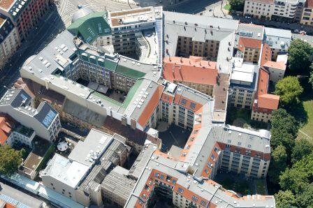 Hackesche Höfe Berlin (Foto: Berlin Partner - FTB-Werbefotografie)