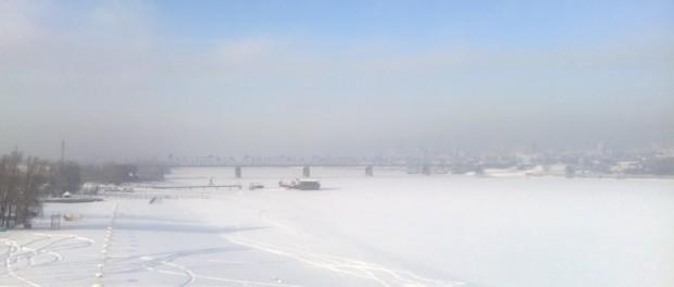 Perfekt zum Schlittschuhlaufen: der Fluss Ob im Winter. © Hannah Wagner
