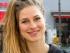 Amber-Sophie (30) aus Amsterdam: »Ich finde nicht, dass junge Kinder solche Sprüche auf Shirts tragen sollten. Ihnen wird dadurch unterstellt, dass sie schlechter sind.« © Ariane Böhm