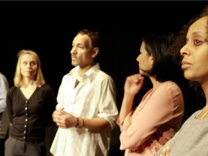 »Mit den Asyl-Monologen und -Dialogen möchten wir nicht von Opfern erzählen, sondern von Menschen«, sagt Ruf. © Schokofeh Kamiz